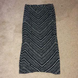 Dresses & Skirts - Black and white chevron pencil skirt!